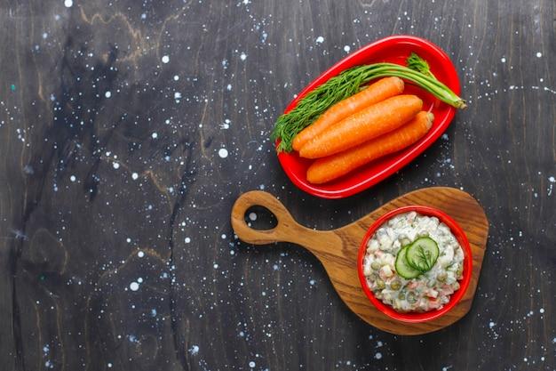 Чаша традиционного русского салата.
