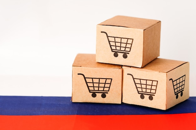 Box with shopping cart logo and russia flag