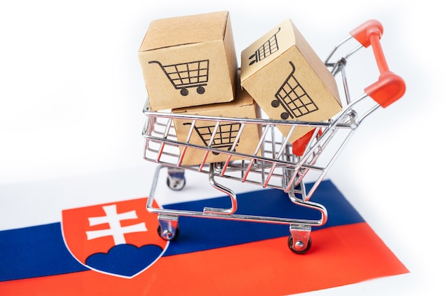Box with shopping cart logo and slovakia flag.