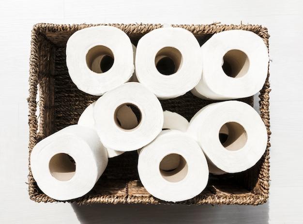 トイレットペーパーロール付きボックス