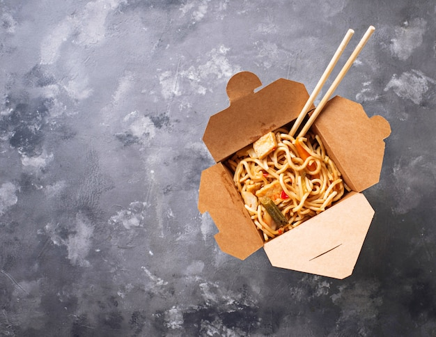 Box with  traditional asian noodles