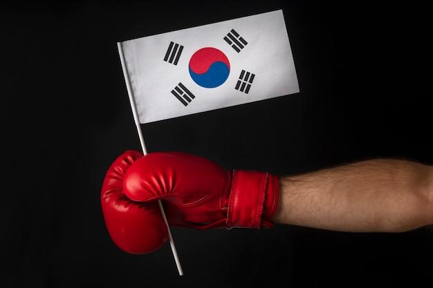 Boxer holds flag of south korea