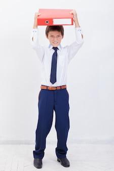 Il ragazzo con le cartelle