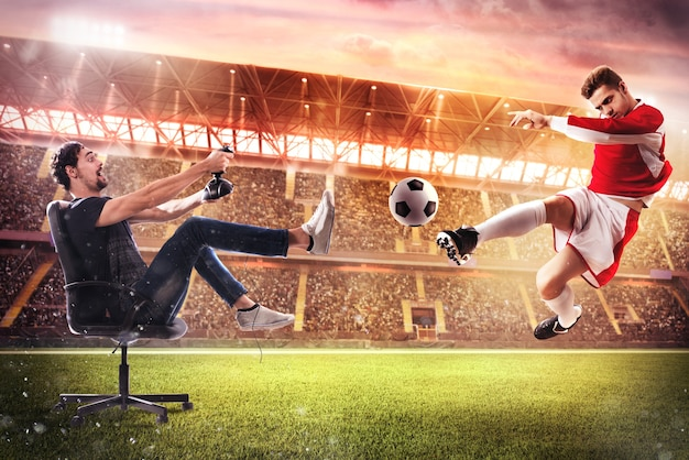 Мальчик с джойстиком играет с футбольной видеоигрой