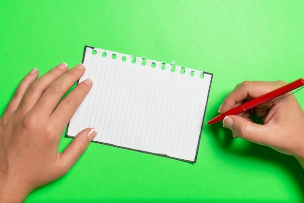 브레인스토밍 문제 해결 아이디어 관련 질문하기 중요한 메모 작성하기 새로운 생각하기 혼란을 깨기 미스터리 쓰기 질문하기