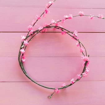 Branches with flowers in form of circle