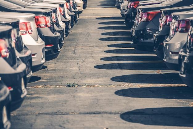 Automobili nuove da vendere