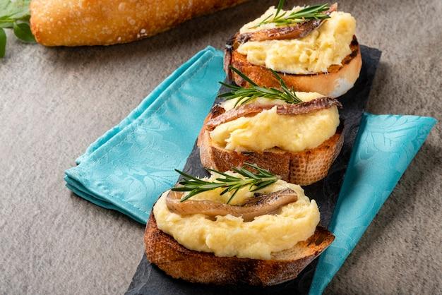 Фирменный тост - французская кухня