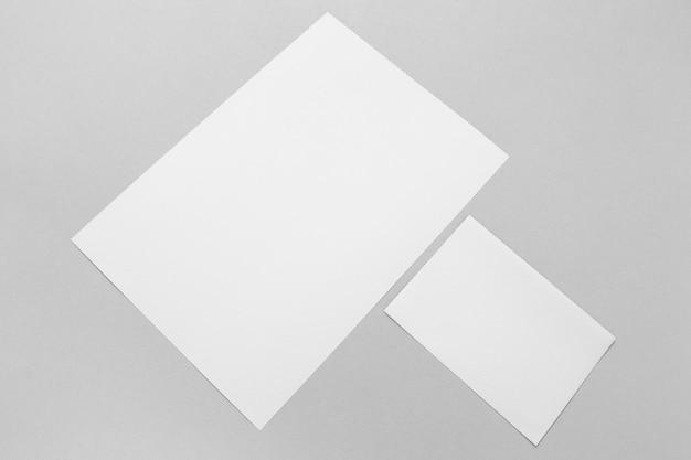 Концепция брендинга с бумажной плоской планировкой