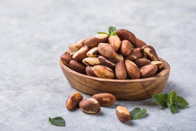 Бразильские или амазонские орехи, токеи или турури, очень распространены в северной бразилии и боливии.