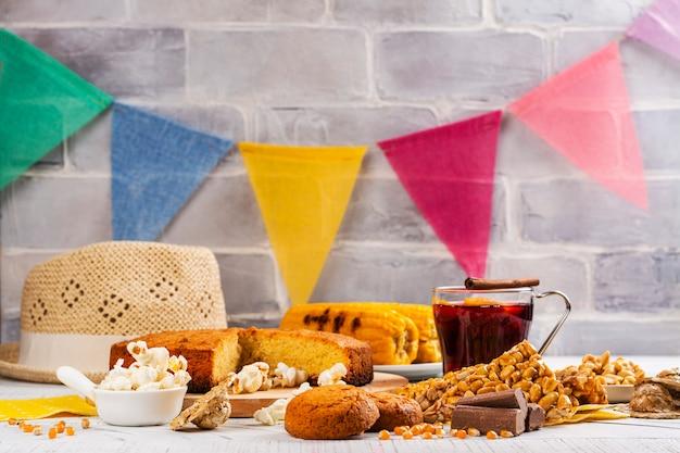 브라질의 축제 junina 파티 테이블