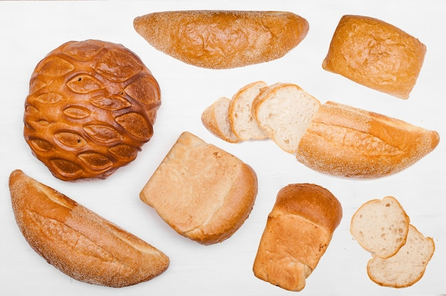 Bread and bakery pattern. fresh bread set. baked goods background