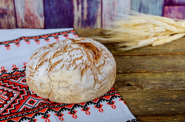 Bread on an embroidered ukrainian loa the embroidered towel