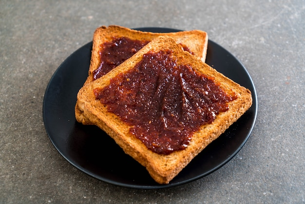 Bread toast with chili paste