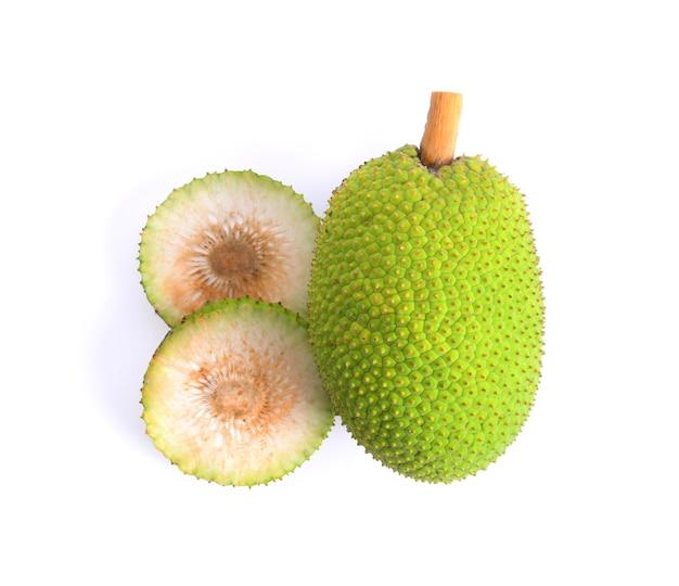 白い背景に隔離されたbreadfruit