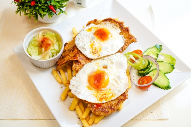 Breakfast food in a restaurant