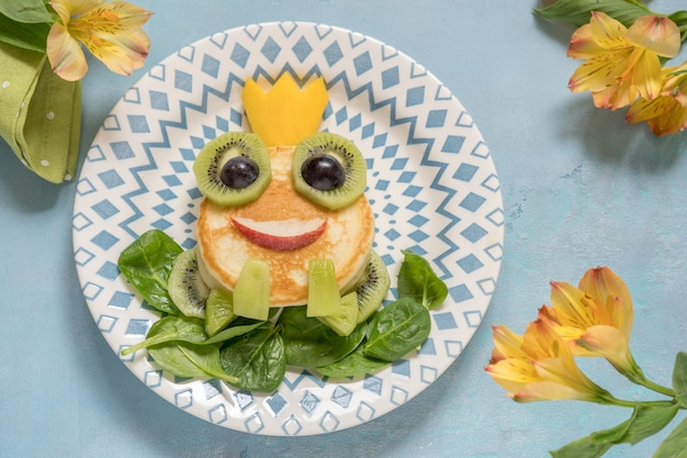 Breakfast for kids - frog prince pancake