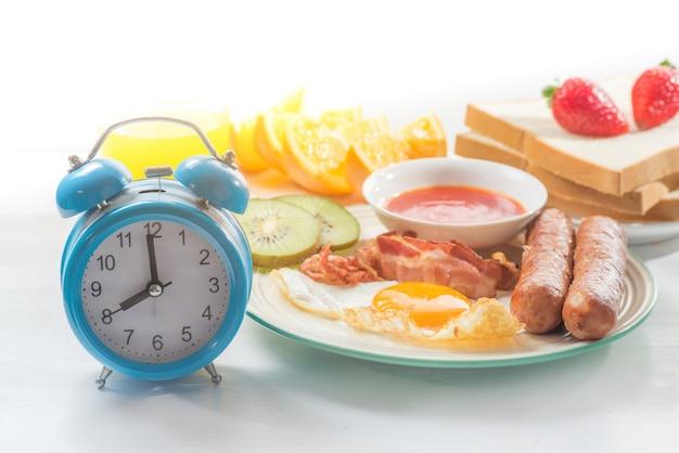 Время завтрака