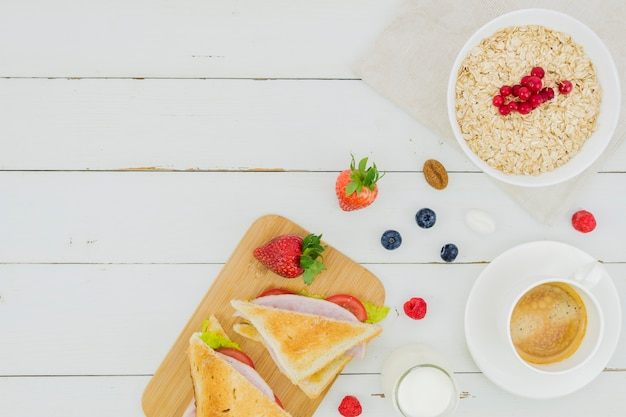Breakfast with cereals and strawberries