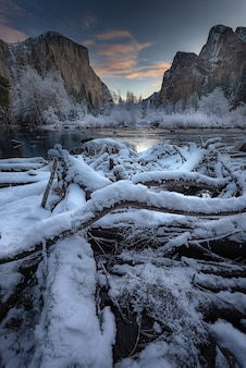 Breathtaking morning in the winter at valley view yosemite national park