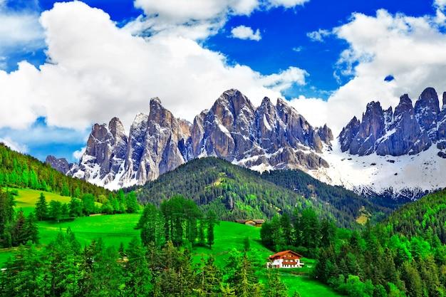 Dolomites의 숨막히는 자연. 이탈리아 알프스
