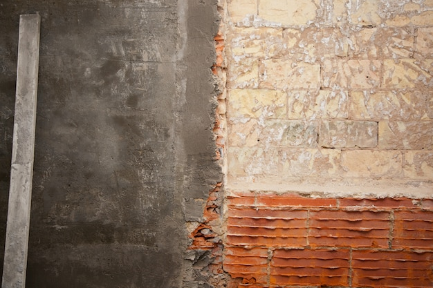 Brickwall construction and mortar cement plaster