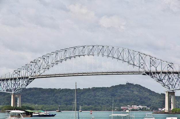 Мост америк на панамском канале, центральная америка