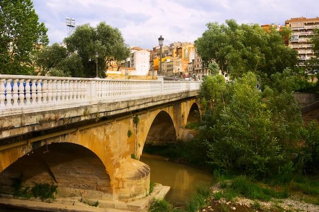 Мост через реку тирон в аро