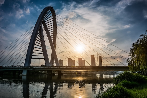 The bridge with city