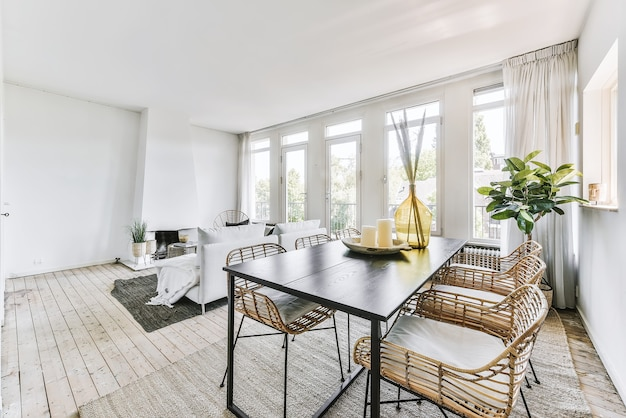 Bright dining room with decorative table and chairs