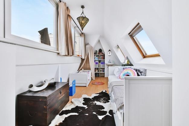 Яркий дизайн интерьера элитного дома
