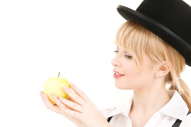 青リンゴと素敵なブロンドの明るい写真
