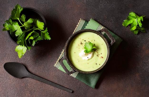 ブロッコリークリームスープパセリと冬の食べ物