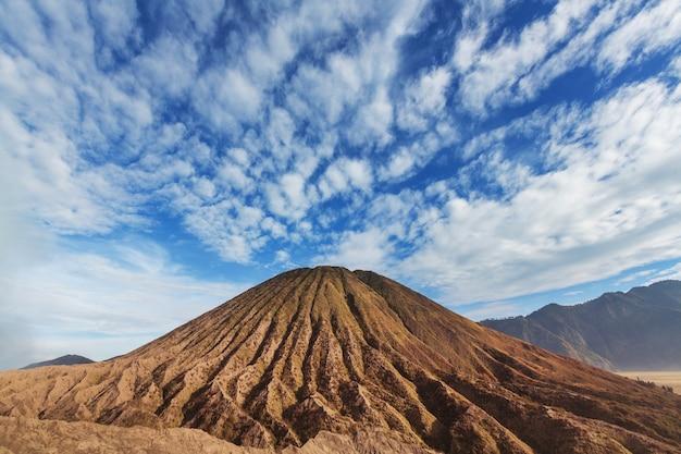 Bromo volcano at  java, indonesia Premium Photo
