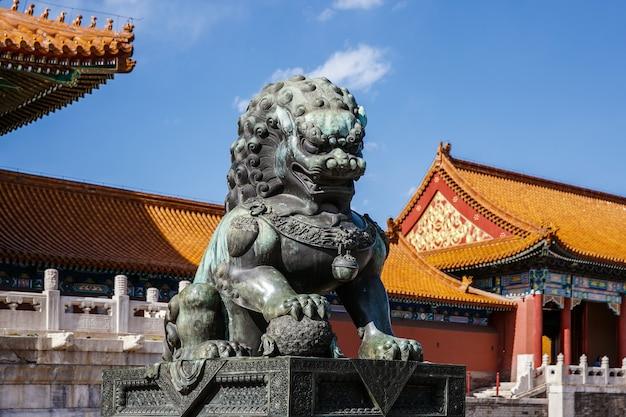 중국 자금성에있는 고궁 박물관의 청동 사자