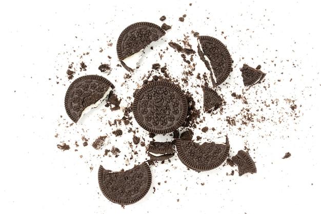 Коричневое печенье, изолированные на белом фоне.