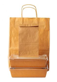 Браун крафт бумажный пакет шаблон упаковки на белом фоне