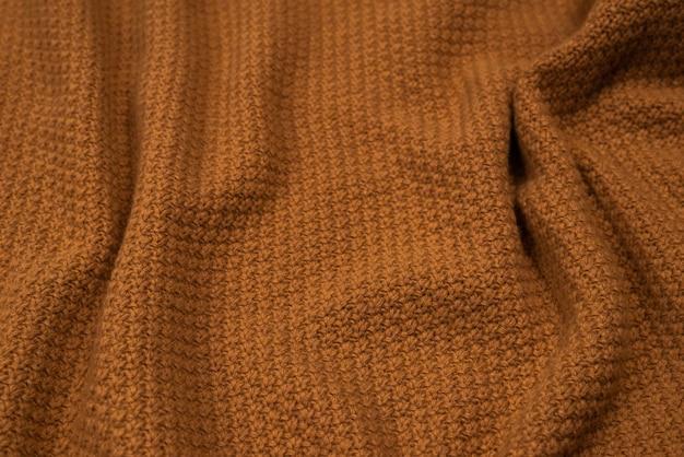 Узор из коричневого трикотажа