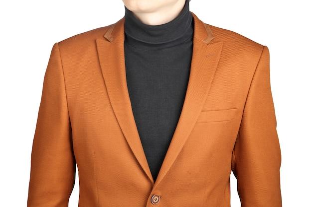 브라운 남성 정장 재킷. 흰색 배경에 고립 된 남성용 오렌지 재킷 정장.