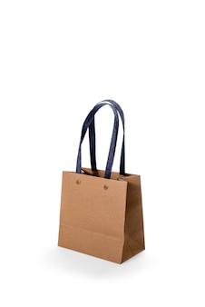 白い背景で隔離された茶色の紙のショッピングバッグ