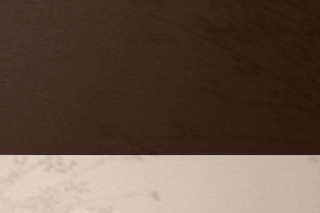 Sfondo prodotto marrone con ombra foglia
