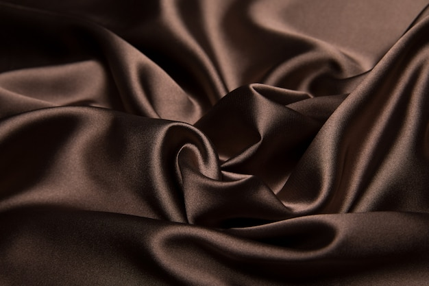 茶色のシルク素材の質感