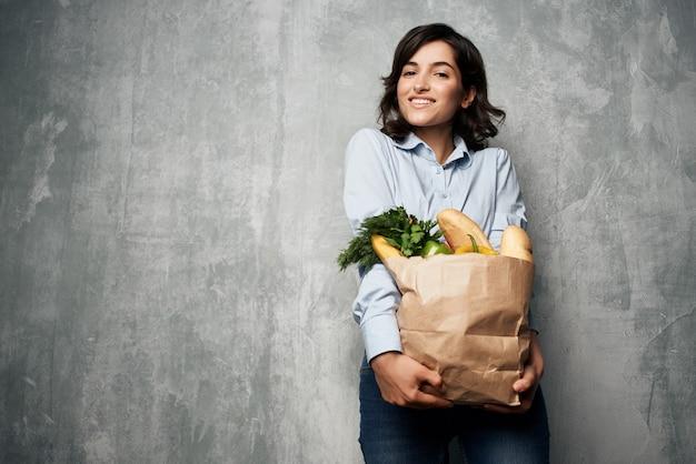 갈색 머리 식품 가방 슈퍼마켓 야채 식품 다이어트