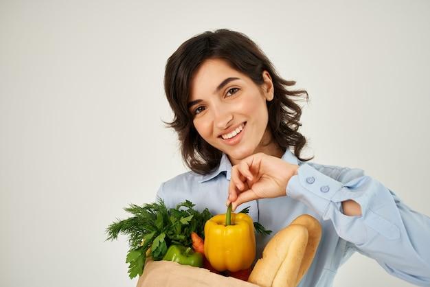 食品パッケージ野菜有機食品スーパーマーケットとブルネット