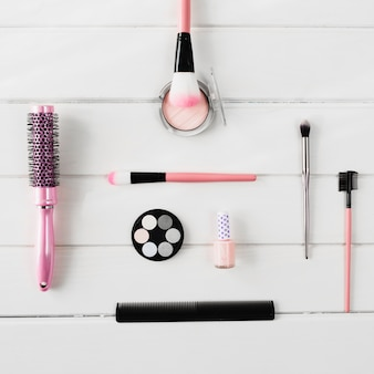Brushes near comps and cosmetics