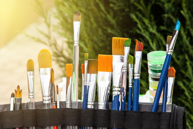 Brushes for painting on the face