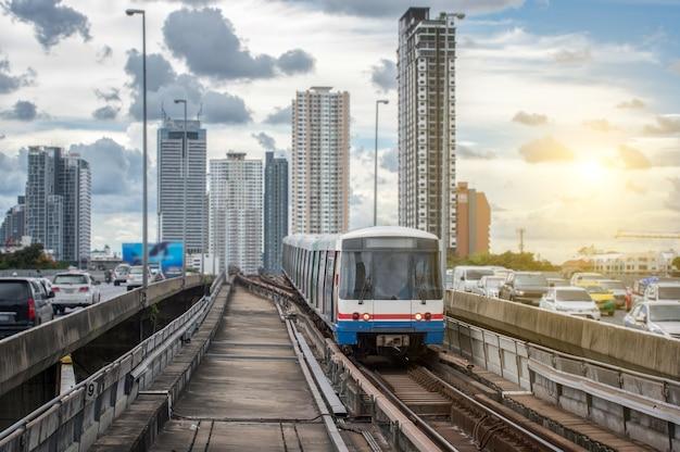 태국 방콕의 bts 기차역