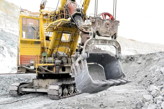 Bucket excavator volume of 10 meters cubic.