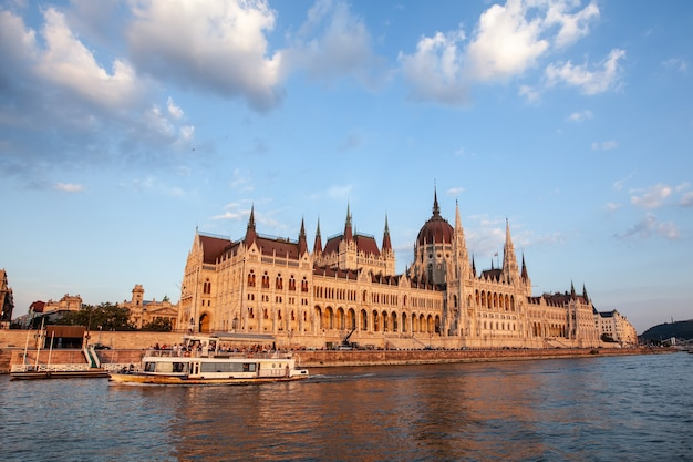 Budapest parliament. view of the building. sunset and danube river