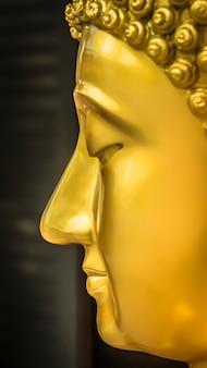 Статуя будды использовалась в качестве амулетов религии буддизма